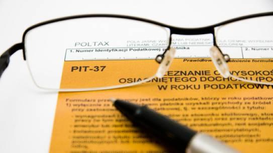Jak wypełnić formularz PIT?